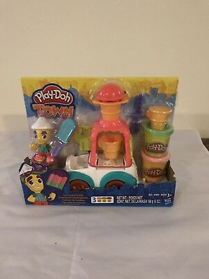 Play-Doh Town Ice Cream Truck - Brand New Factory Sealed
