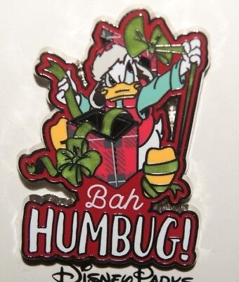 Disney 2018 Christmas Holiday Donald Wrapping Present Bah Humbug! Pin