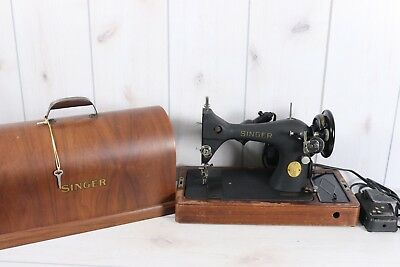 1948 Vintage Singer 128 AH Sewing Machine Beautiful Works Electric Bentwood Case
