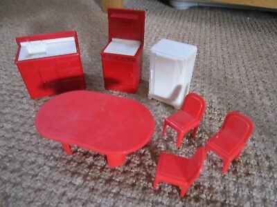 Vintage Dolls House Red & White Plastic Kitchen Furniture  7 Items  1/12th scale