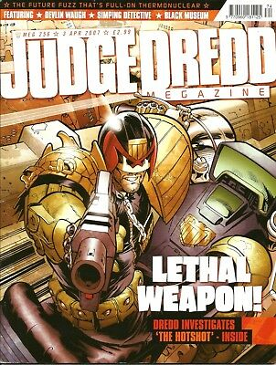 JUDGE DREDD MEGAZINE #256 / 3rd APR 2007 / REBELLION / UK COMIC / V/G / 2000AD