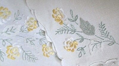 vintage set of linen tray cloth plus 3 napkins, excellent Madeira embroidery