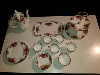 "Royal Albert ""Old Country Roses"" made in England Tee/Kaffe Porzellan Set"
