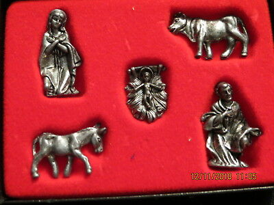 Vintage Miniature Nativity Figurines great for dollhouse decor