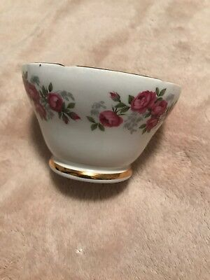 Royal Sutherland Red Roses Bone China Sugar Bowl.