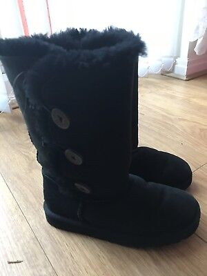 Girls Ugg Australia Bailey Button Triplet Boots Black Suede Sheepskin UK Size 1