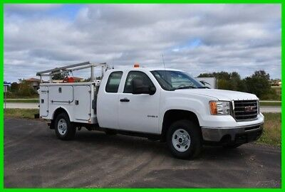 2007 GMC Sierra 2500HD 6.0 Gas liter Fiberglass Service Body LOW RESERVE