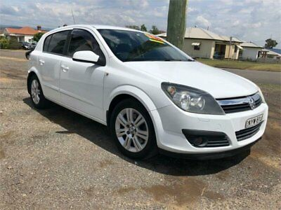 2006 Holden Astra AH CDTi White Manual M Hatchback