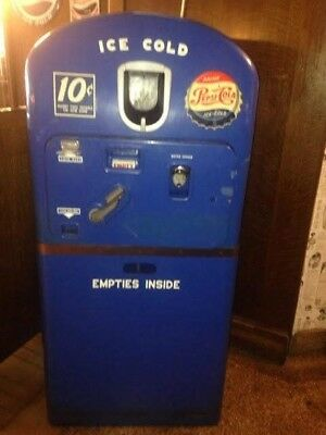 Antique Ten Cent Pepsi round-top soda / pop machine Model 27 original condition!