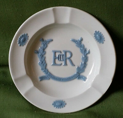 Blue on White Wedgwood Queensware Queen Elizabeth Coronation 1953 Ashtray ~ MINT