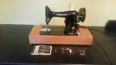 Vintage Singer 99K Electric Sewing Machine With Case.