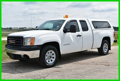 2008 GMC 4X4 Sierra 1500 Extended cab with bed cap CLEAN!