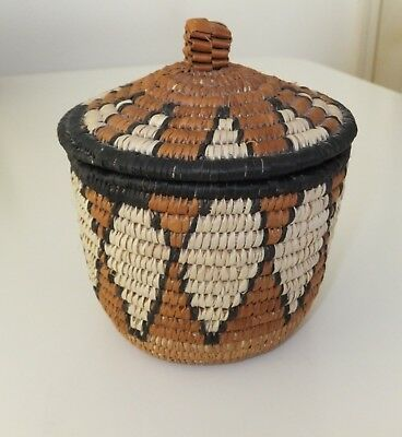 Vintage Small African Tightly Hand Woven Zulu Art Basket w/ Lid