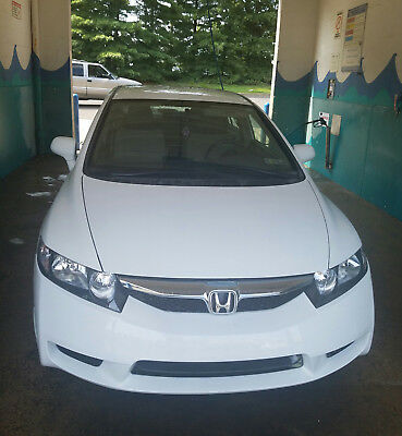 2010 Honda Civic  Honda Civic 2010 - 89k miles