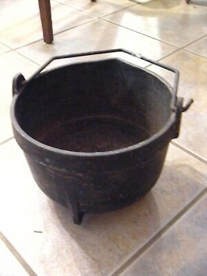 ANTIQUE Vintage Cosper #9 Cast Iron Pot   - NO RESERVE