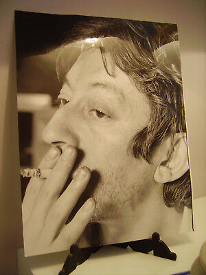 BELLE PHOTO SERGE GAINSBOURG ARGENTIQUE NOIR ET BLANC par PATRICK BERTAND  1960