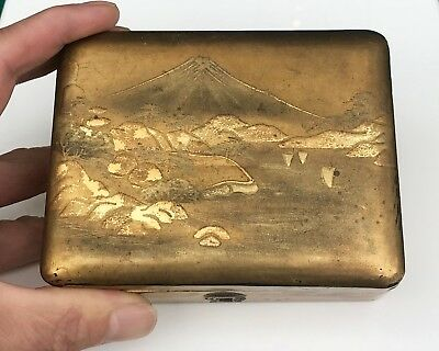 Antique Meiji Japanese Maki-E Gilt Gold Lacquer Box  Signed