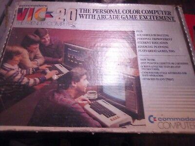 Vintage Commodore Vic-20 Computer & Power Supply