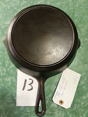 Antique Lodge Size 7 Raised Handle # No Notch Heat Ring Cast Iron Skillet Pan