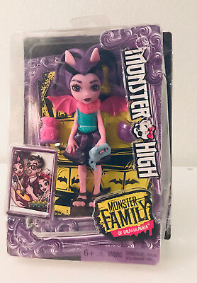 """Monster High Family of Draculaura Fangelica Cousin 5.5"""" Mini Siblings Doll Wings"""