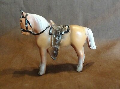 Vintage Cast Iron Metal Horse Figurine / Statue -Small