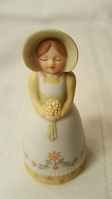 1985 Avon Country Porcelain Girl Bell Source Of Fine Collections Bonnet Spring