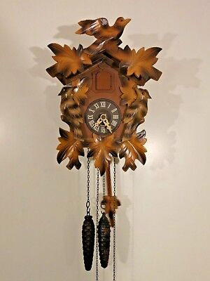 Vintage Black Forest Small Cuckoo Clock fully functional with carved birds