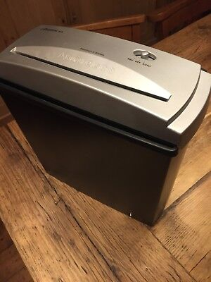 5 Sheet Paper Shredder - Cathedral SC5 Straight Cut