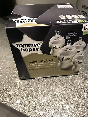 Tommee Tippee Closer to Nature 260ml Feeding Bottles 4 Pack