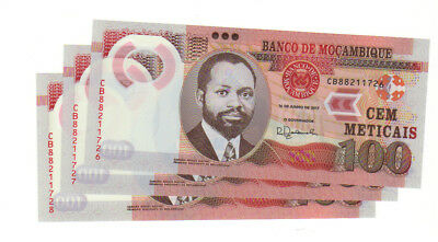 Three Mozambique 100 metical meticais bills notes uncirculated UNC sequential
