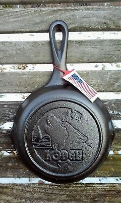Lodge Cast Iron Skillet  with Wolf - Wildlife Series - 6.5 in. - NEW