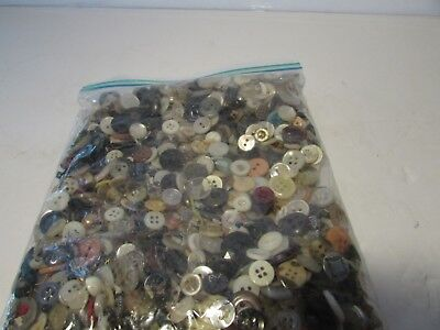 COOL MIX! OVER 100 pcs MIXED LOT of OLD-VINTAGE & NEW Buttons ALL TYPES & SIZES