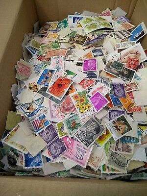 300+ Worldwide Postage Stamps Packet. Off Paper.