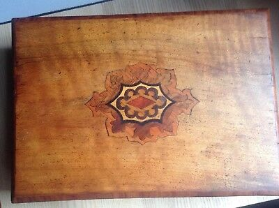 Beautiful Vintage Wooden Box with Inlaid Marquetry Veneer Sewing Box