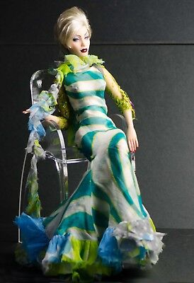 """Green Salmon"" LE5 Salon edition from 2009 for Sybarites and other 16"" dolls"