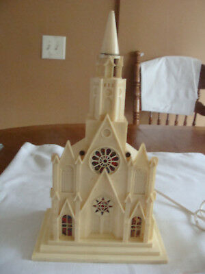 Vtg Raylite Plastic Lighted Church Cathedral 50s Xmas with light cord -VGUC