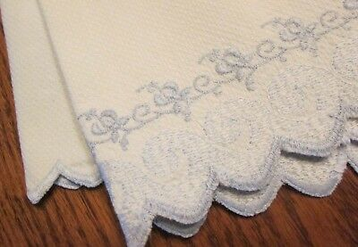 """Antique Vtg Huck Linen Hand Guest Towel Dainty Blue Embroidery Scalloped 15 x23"""""""