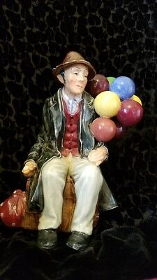 Royal Doulton The Ballon Man HN 1954