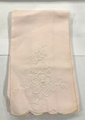 Vintage Pink Linen White Embroidered Flowers Hand Towel Tea Towels (4)