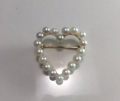 Vintage 14k Yellow Gold White Round Cultured Pearl Heart Brooch Pin