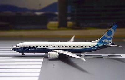 Phoenix 1/400 Diecast Aircraft Model Boeing B737 MAX9,House Color,11486