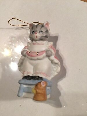 "Kitty Cucumber ""eek Eek"" Kitty On Chair With Mouse Porcelain Ornament By Schmid"