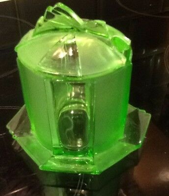 Art Deco Green Glass Pot & Lid In Very Good Order. No Chips Or Cracks.