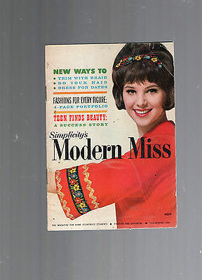 1961 Simplicity's Modern Miss Mini Magazine-Teen Beauty-Hair-Trim With Braid