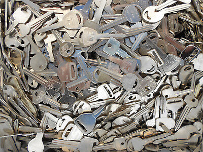 Large Lot Of Key Blanks 3+ Pounds Foreign Auto Motorcycle Cars New Old Vintage