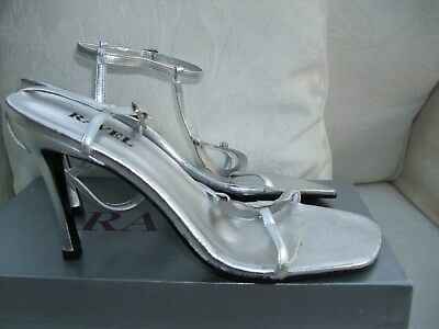 df9faccbe4410e Lovely Ravel Silver Leather Strappy Sandals ~ Size 6 ~ 3.5