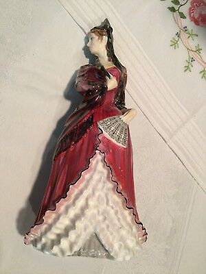 Mint 1973  Royal Doulton  Mantilla  Pretty Ladies Figure Figurine Hn 2712