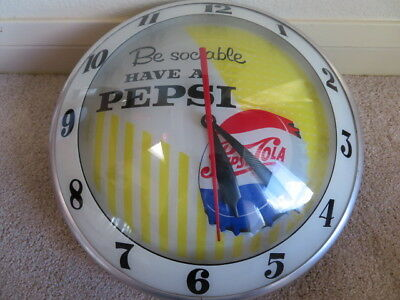 "Pepsi Double Bubble "" Be Sociable "" Logo 1959 Clock"