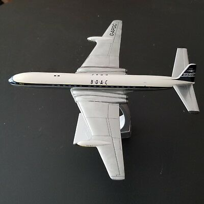 Corgi Aviation Archive Die Cast Airplane 1:144 Scale Comet 4 BOAC Polished Metal