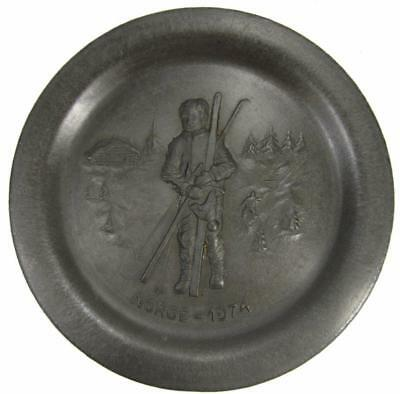 Pewter Wall Hanging Skiing Eik Norway Herdet Norge 1974 Plate Plaque